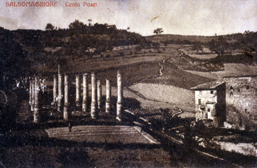 """5. I """"Cento Pozzi"""" di Salsominore in una cartolina degli anni Venti del Novecento (Collezione Privata, Parma)."""